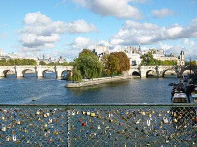 Parijs_pont-des-arts-slotjes