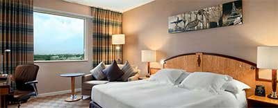 Hitlon hotel bij vliegveld Parijs