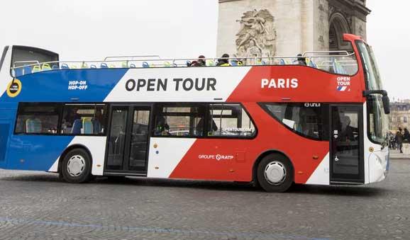 Open tour, hop-on-hop-off-bus Parijs