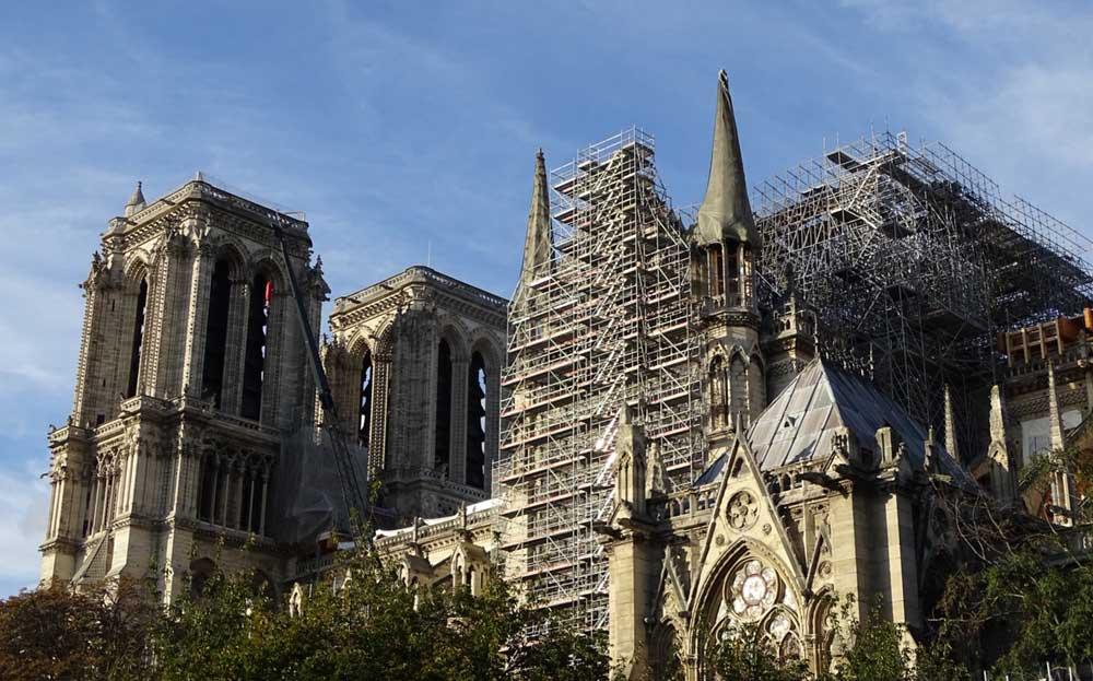 Notre Dame fotograferen vanaf de Seine